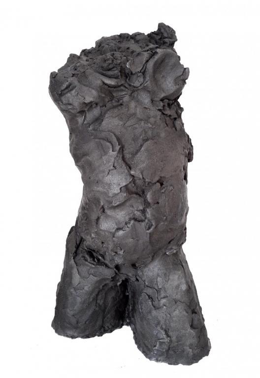 Volcan . . . . . . . . . . . . . . . . . grès noir